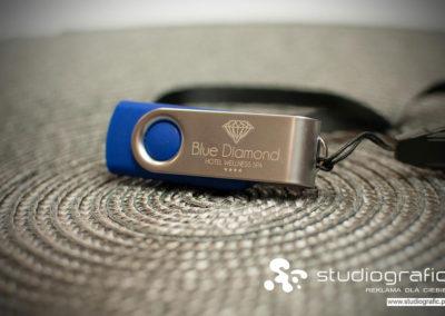 STUDIOGRAFIC-bluediamond-usb